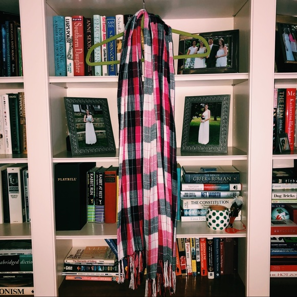 H&M Accessories - Pink plaid scarf